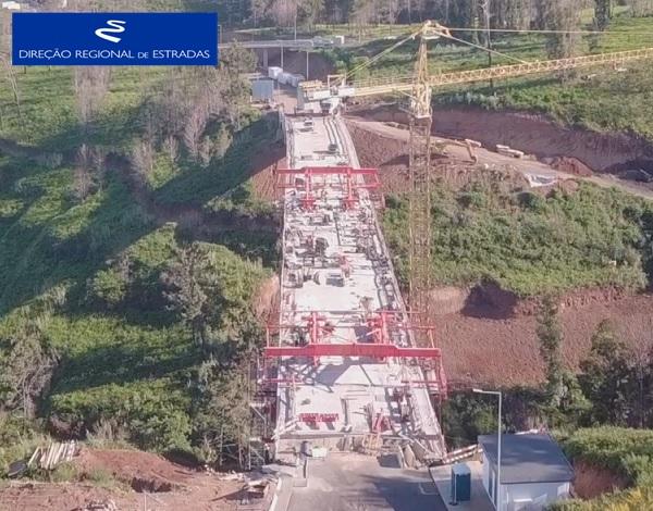 """Empreitada de Construção da """"Via Expresso Fajã da Ovelha / Ponta do Pargo - 2.ª Fase"""" …evolução dos trabalhos - Abr/2021"""