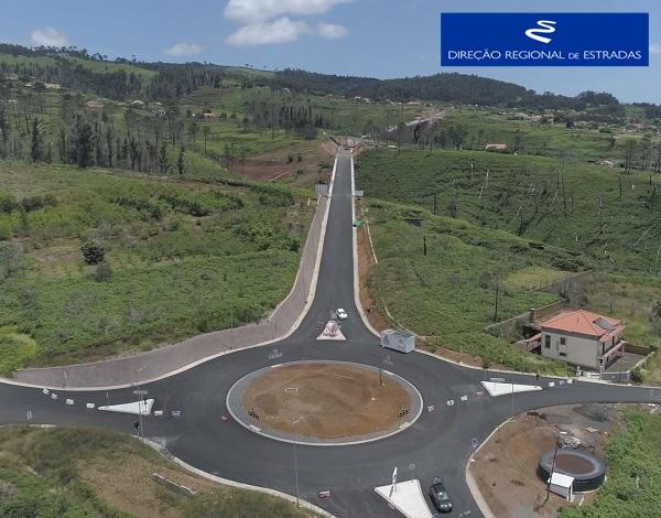"""Empreitada de Construção da """"Via Expresso Fajã da Ovelha / Ponta do Pargo - 2.ª Fase"""" …evolução dos trabalhos - Mai/2021"""
