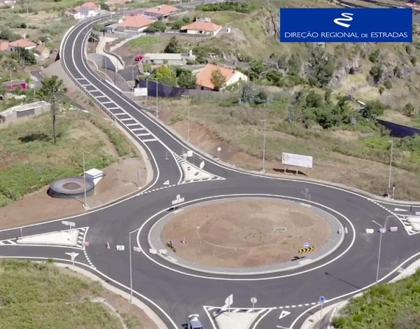 """Empreitada de Construção da """"Via Expresso Fajã da Ovelha / Ponta do Pargo - 2.ª Fase"""" …evolução dos trabalhos - Jun/2021"""