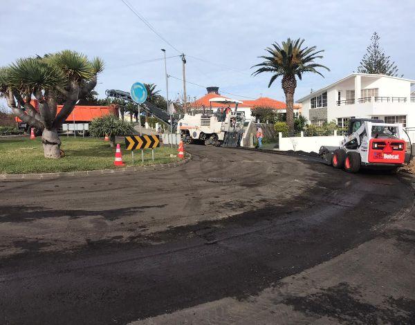 SREI procede à reabilitação de pavimentos de troços da ER 120 e ER 262 no Porto Santo