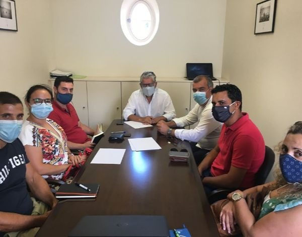 Reuião do Secretário Regional de Agricultura e Desenvolvimento Rural com a Associação de Produtores da Ilha do Porto Santo (APIPS).