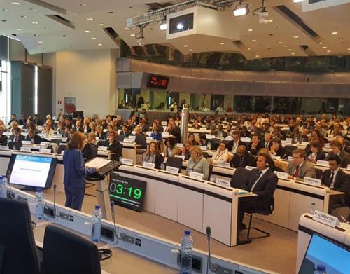 Europa chamada a financiar transportes e comunicações