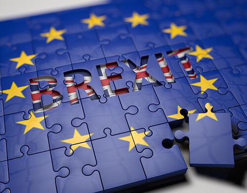 Brexit adiado para outubro