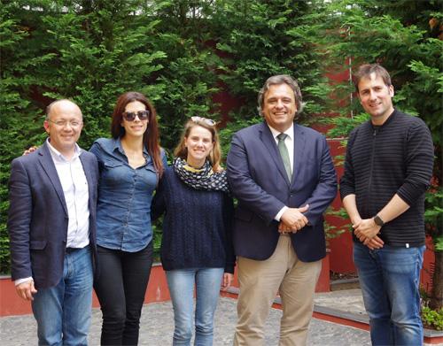 Reportagem no jornal El País sobre recuperação da Madeira
