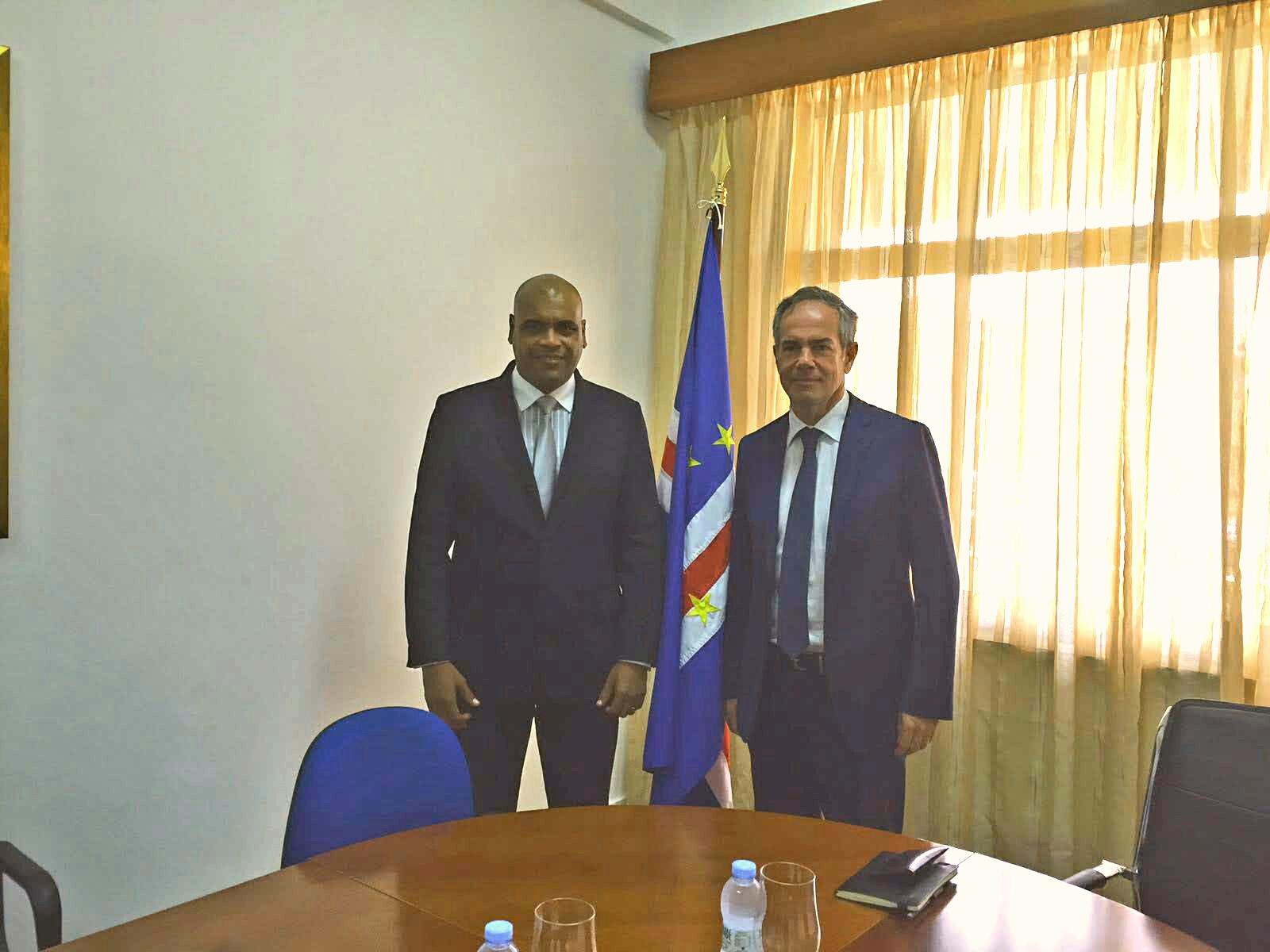 Sérgio Marques reúne-se com ministro da Presidência de Cabo Verde