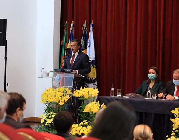 """""""Madeira precisa de um novo olhar da República"""""""