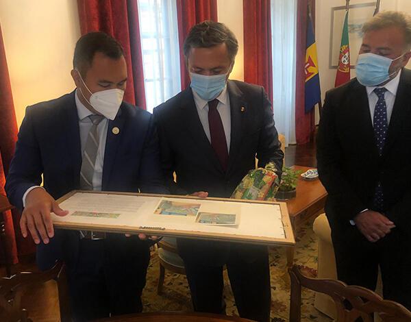 Vice-presidente recebeu Cônsul Honorário de Portugal no Havai