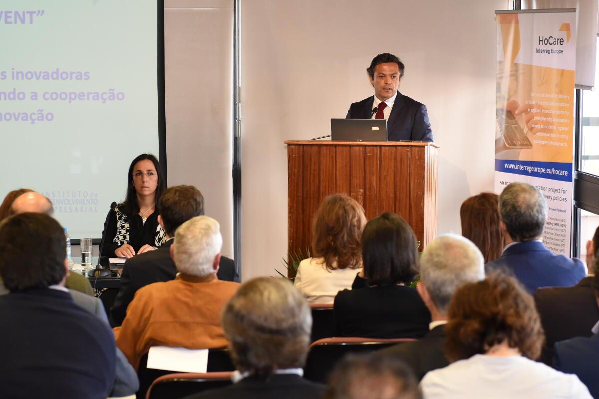 Governo Regional reforça apoios à terceira idade