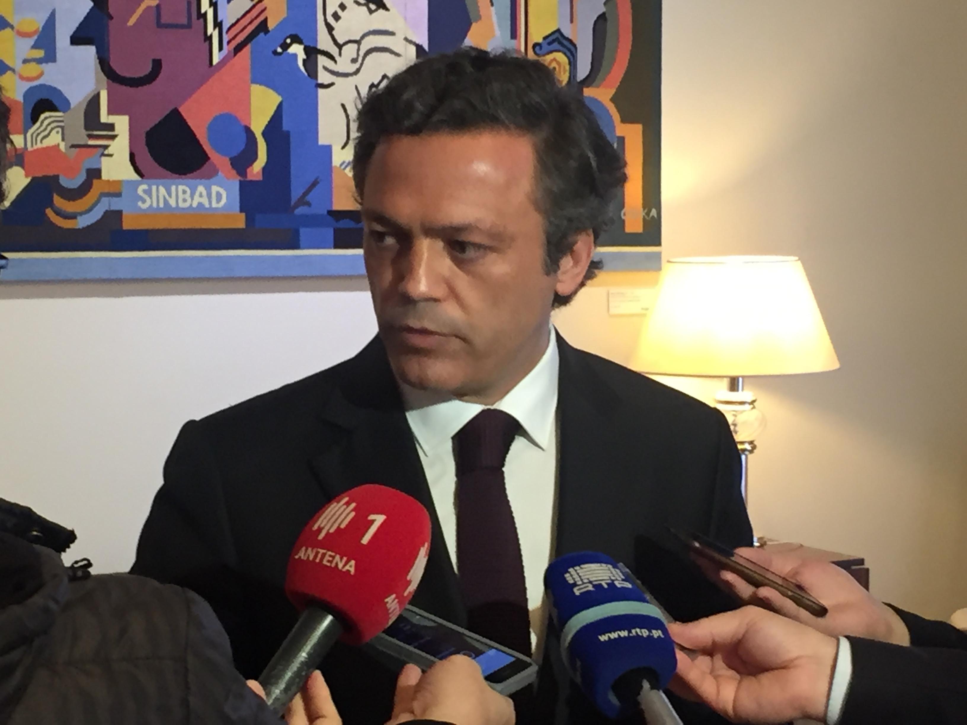 Governo Regional pede explicações à Binter sobre cancelamentos de voos