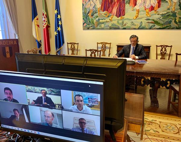 Vice-presidente reuniu-se com diretores do Madeira Shopping, La Vie e Fórum Madeira