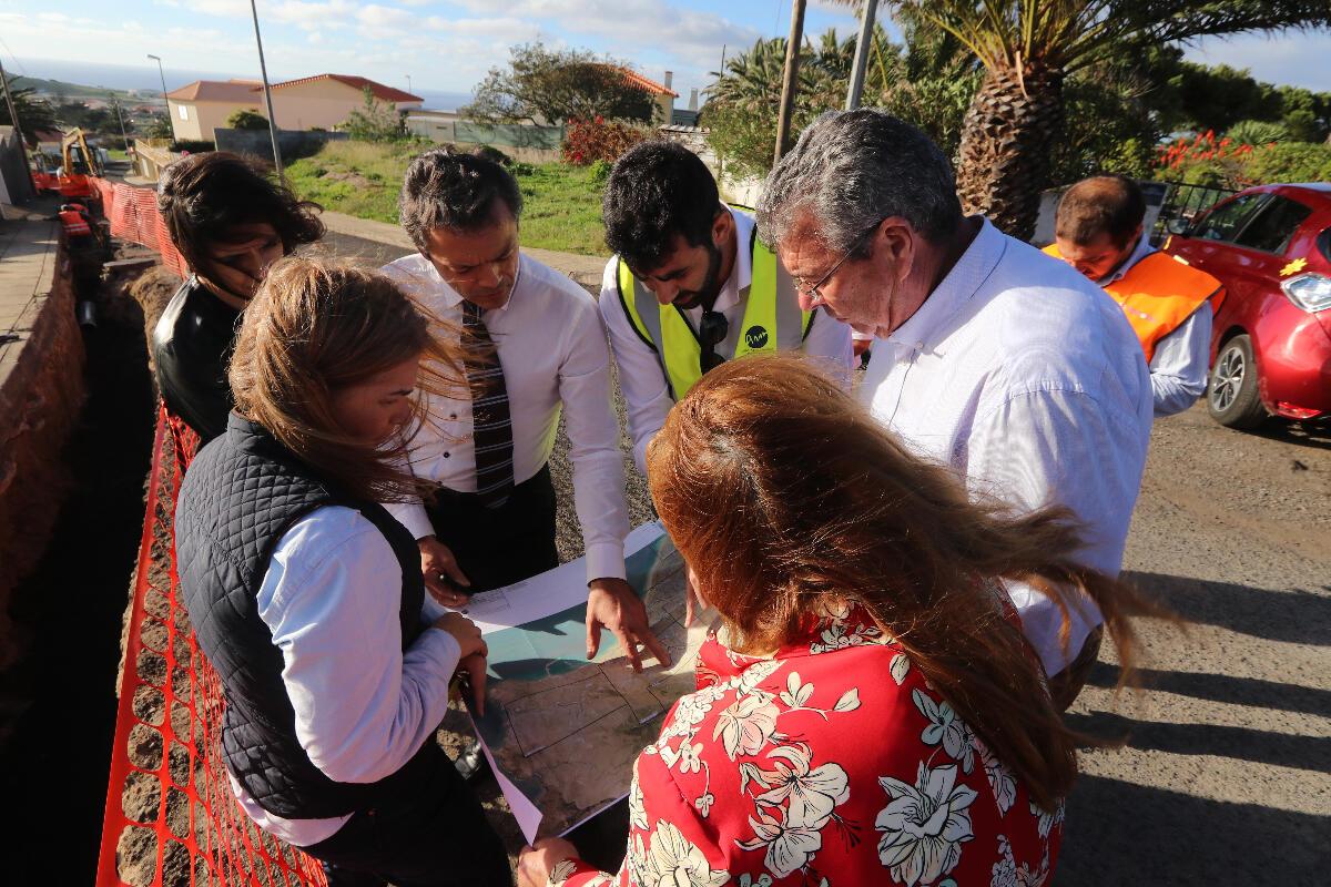 Governo repara estrada no sítio da Camacha – Porto Santo