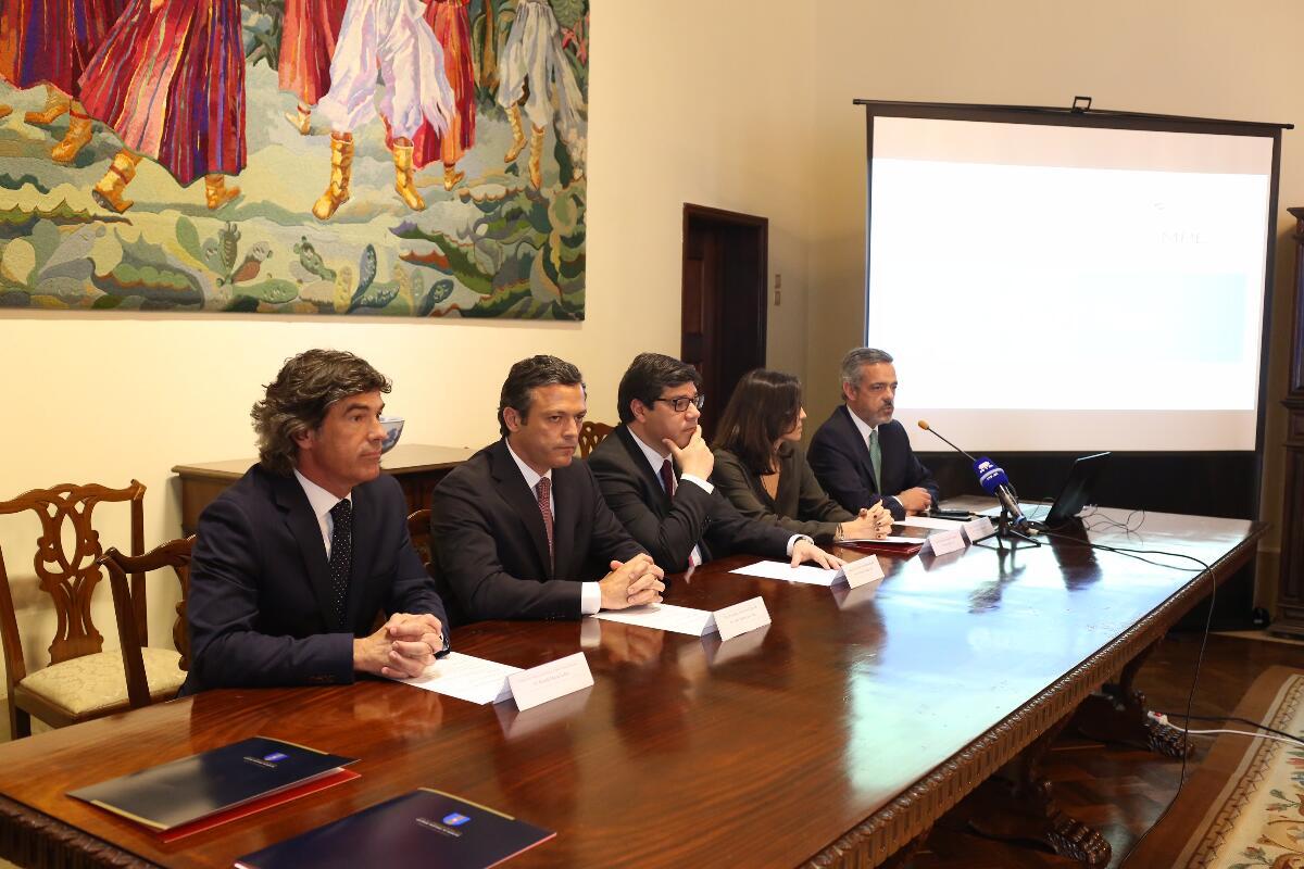 Governo Regional quer atrair mais investimento nacional e estrangeiro