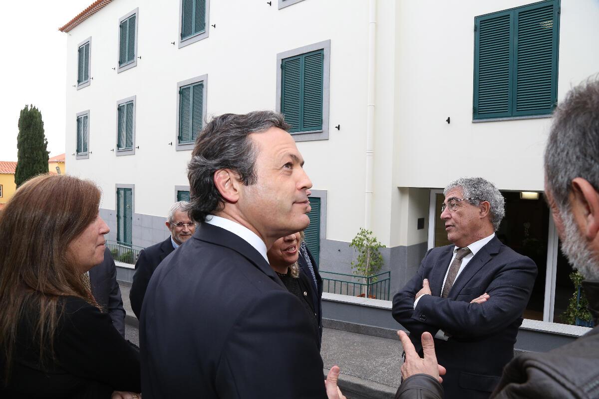Governo vai ajudar a UMa a construir novas residências