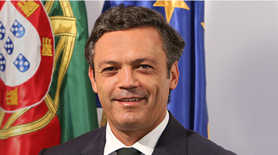 Vice-Presidente aborda dossiers pendentes entre a República e a Região Autónoma