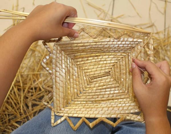 """Recuperar a tradição da """"Cestaria em palha de trigo"""""""