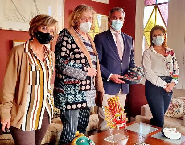 Eduardo Jesus elogia exposição 'Máscaras do mundo'