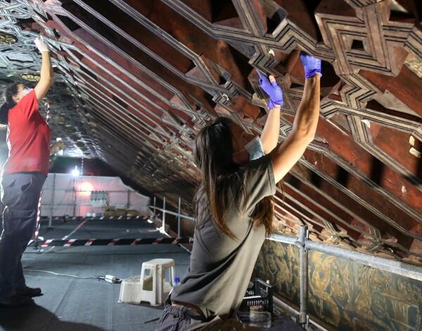 """""""Dar a Ver"""" programa últimas visitas aos tetos Mudéjares da Sé do Funchal"""