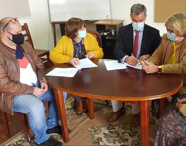 Governo  assina protocolo com a Banda Paroquial de São Lourenço