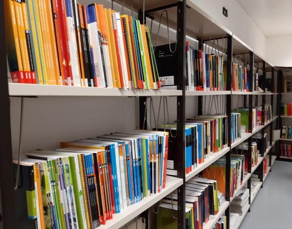 Governo Regional disponibiliza manuais escolares