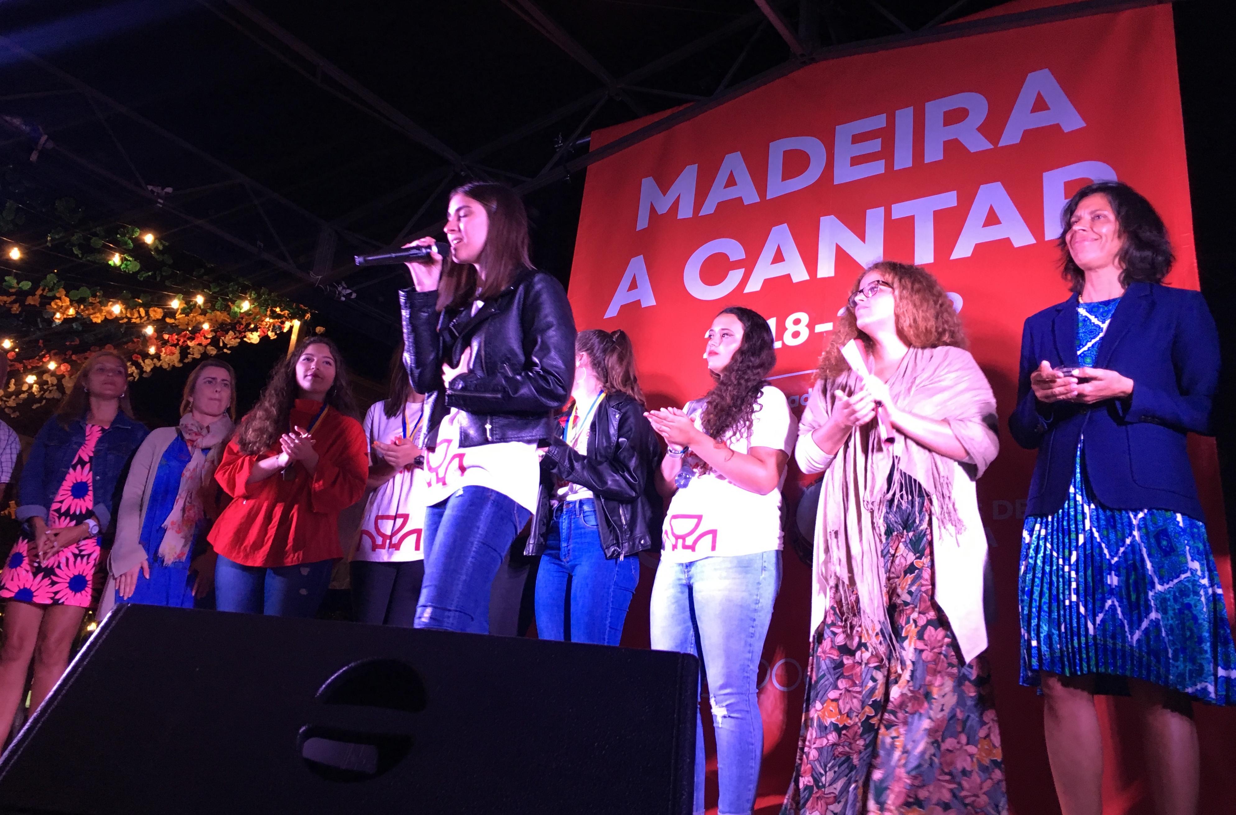 """""""Madeira a Cantar"""": Carolina Gomez é a segunda finalista a subir ao palco, em 2019, representando o Porto Moniz"""