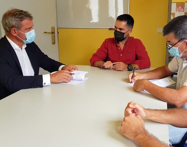 Secretário Regional da Cultura assina contrato-programa com Casa do Povo de Santa Cruz