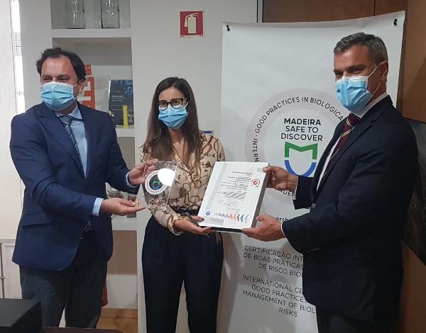"""Associação de Promoção da Madeira recebe certificação """"Madeira Safe to Discover"""""""