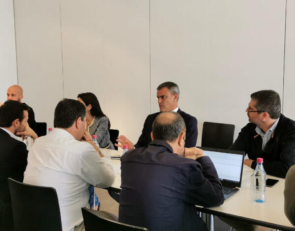 Eduardo Jesus reforça diálogo com o setor do Turismo