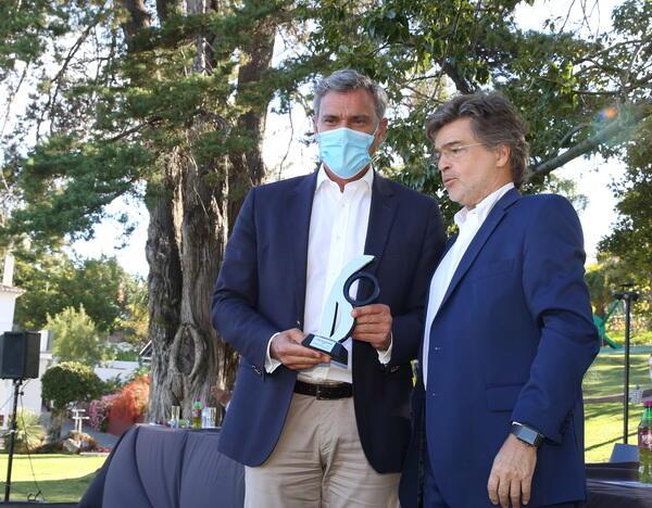 Eduardo Jesus recebeu Prémio Reconhecimento da Associação de Ténis da Madeira