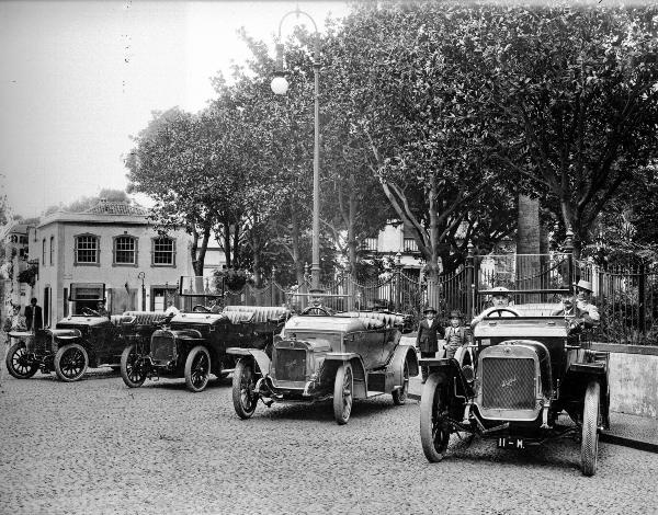 Governo tem mais de 10 mil fotografias online no Arquivo e Biblioteca da Madeira