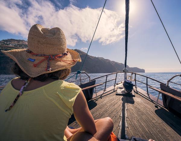 Governo Regional reabre Casino e permite regresso das atividades marítimo-turísticas e animação turística