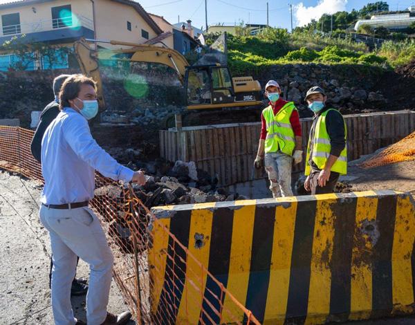 Já decorre a reconstrução de Ponte Hidráulica da E.R.206 no Ribeiro do Castelejo, em Gaula
