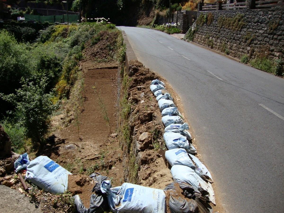 Estrada que liga a Camacha ao Santo será reconstruída