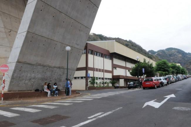 Escola de Santa Cruz requalificada