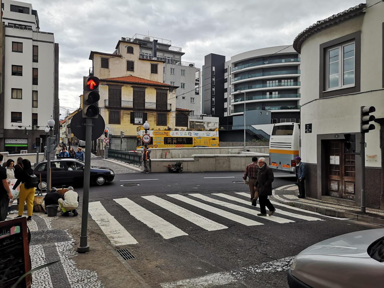 Semáforos já funcionam na Ponte Nova