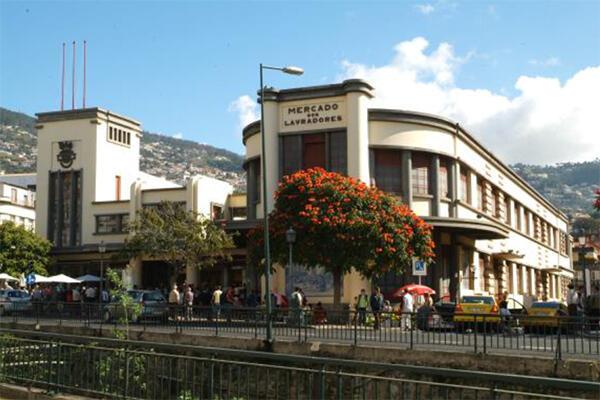 Classificação do Mercado dos Lavradores, no Funchal, como imóvel de interesse público.