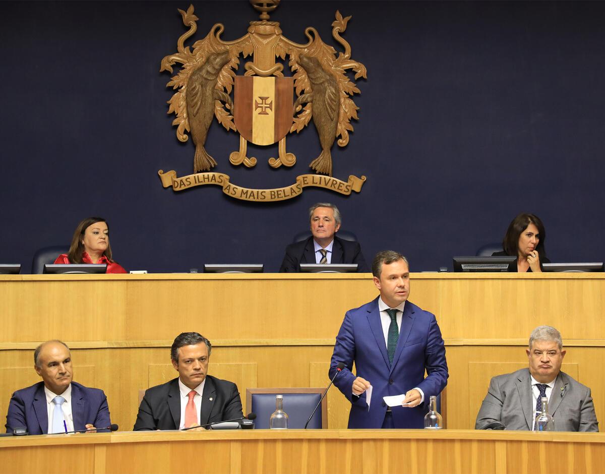 Economia é o tema escolhido para o primeiro debate com o Governo Regional a 10 de Dezembro