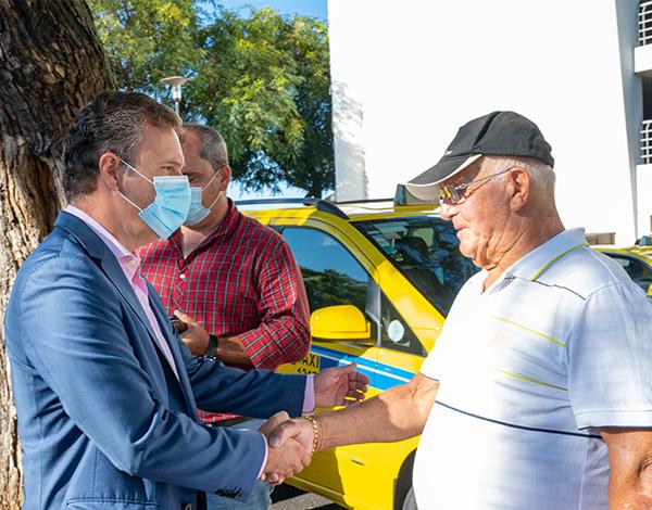Governo reforça apoio aos taxistas da Região