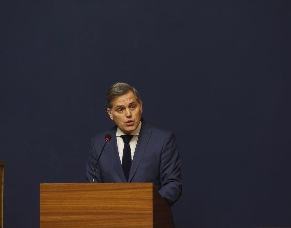 Governo isenta até setembro pagamento de taxas nas lotas
