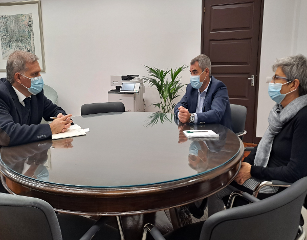 Secretário regional sensibiliza cadeia Continente para a campanha a favor do consumo de peixe-espada