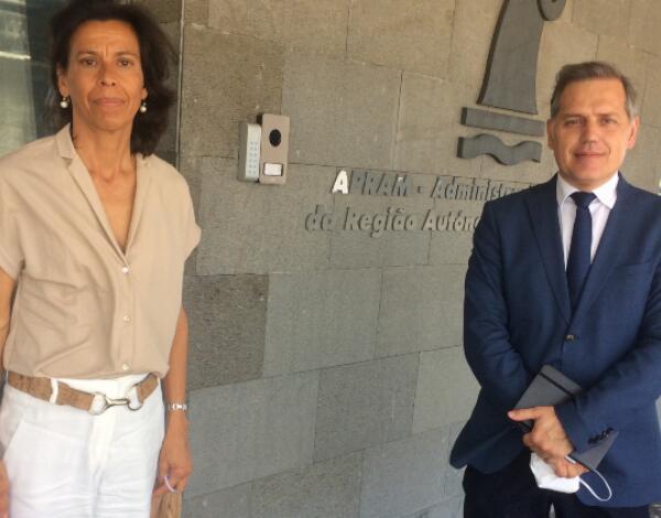 Obras de melhoramento da estrada de acesso à nova Lota do Funchal