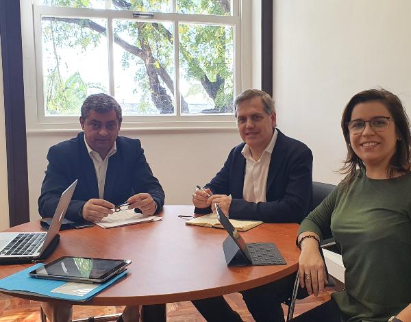 Secretário regional de Mar e Pescas pede ao secretário de Estado apoio urgente para renovar a frota do peixe-espada