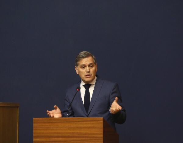 Teófilo Cunha reúne-se com o ministro do Mar