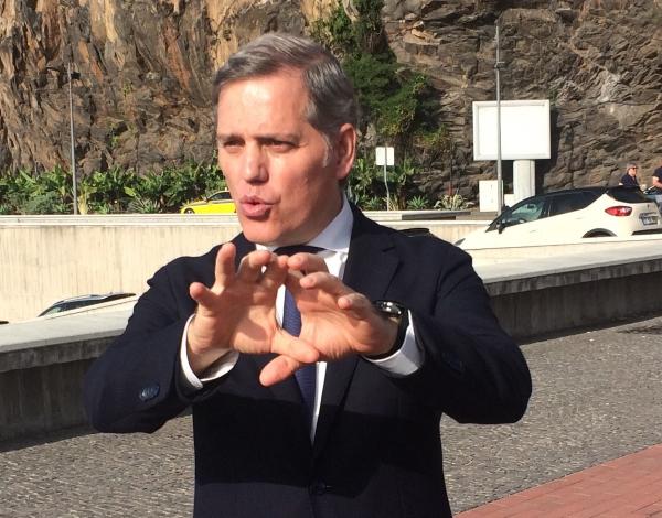Acta revela que a presidente da Câmara da Ponta do Sol não votou contra aquacultura nos Anjos