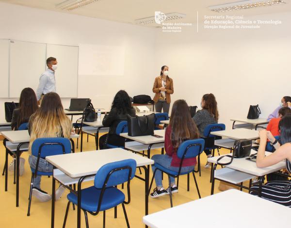 DRJ promove Sessão de Informação sobre Programas Juvenis