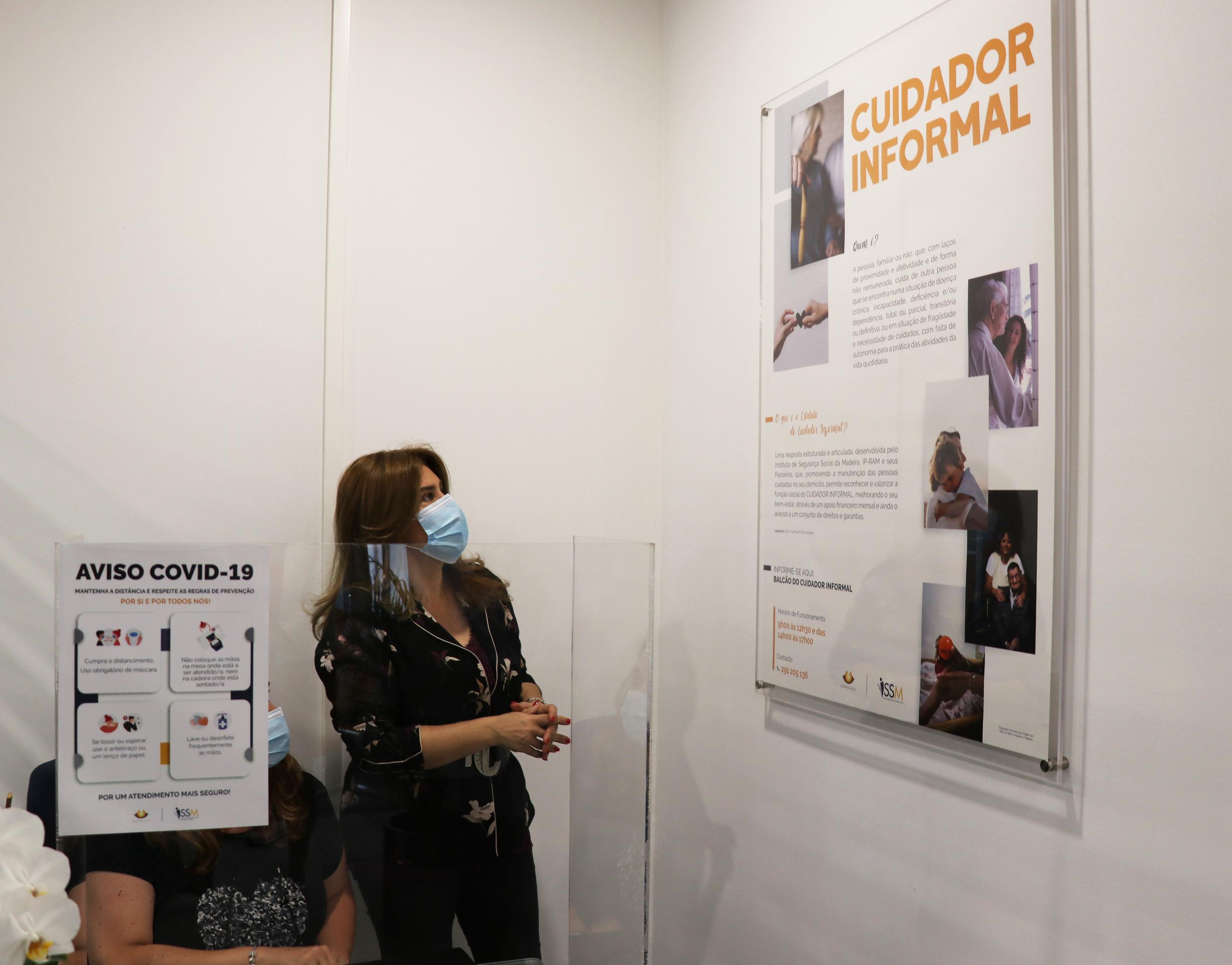 Augusta Aguiar inaugura Balcão do Cuidador Informal