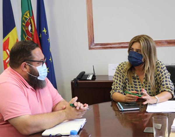 """Projeto """"Com a nossa companhia"""" apoia jovens e população sénior na Camacha"""