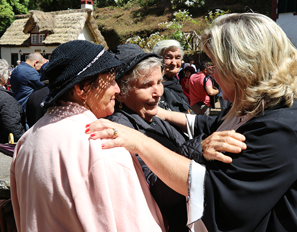 Rita Andrade destaca 'trabalho louvável' desenvolvido pela Associação Santana Cidade Solidária
