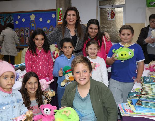 Centro Luís de Camões proporciona convívio de natal no Bairro do Hospital