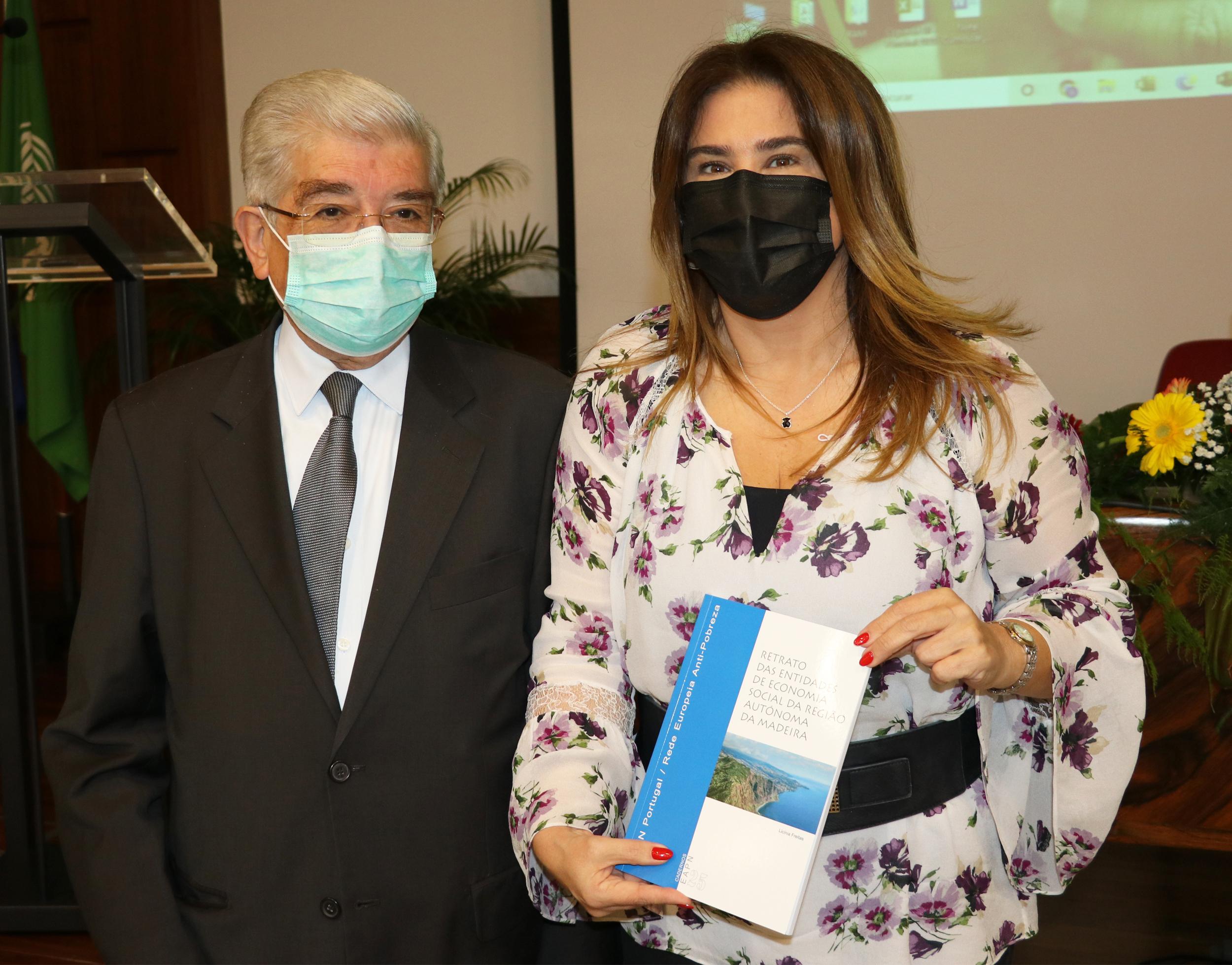Augusta Aguiar na apresentação do Retrato das Entidades de Economia Social da RAM