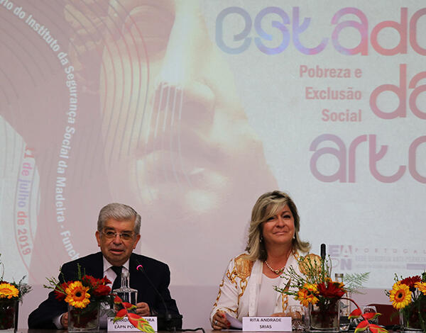 Governo anuncia medidas contra a pobreza e exclusão social
